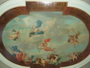 De in 1922 geveilde plafondschildering door Nicolaas Verkolje, aangebracht voor 1746 in de voorkamer op de bel etage.