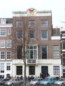 Nieuwe Herengracht 99 vanaf het Wertheimpark